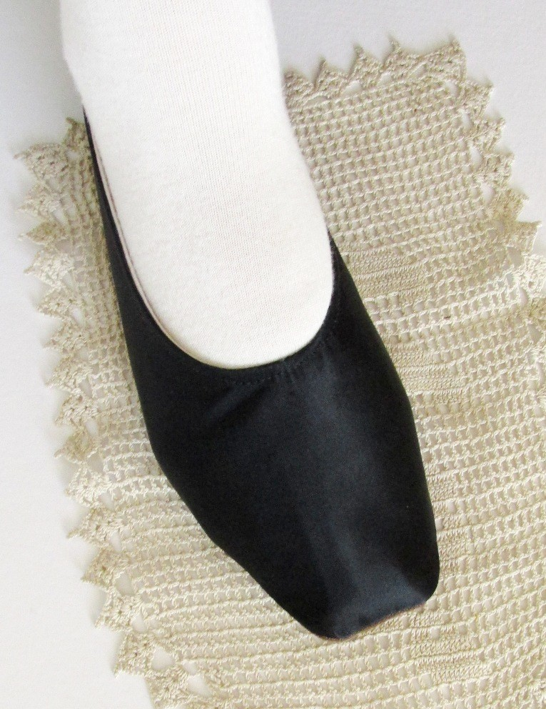 My Ugly Step Sister Shoes: Making 1850s Shoes for Not-So-Petite ...