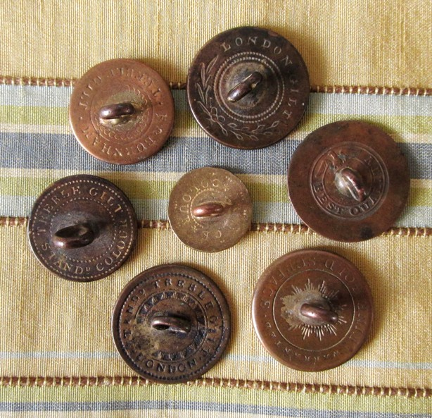 Dating old flat buttons